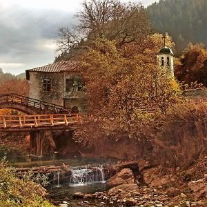 Село Широка лъка - бижуто на Родопите