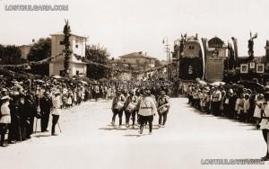 Тържествен парад в Разград, по повод раждането на Симеон; Източник: lostublgaria.com