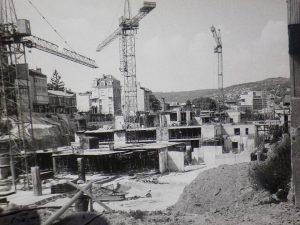 Грандиозното строителство през 80-те във връзка с посещенията на дипломатическия корпус из страната.