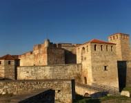 10 забележителни крепости в България (видео)