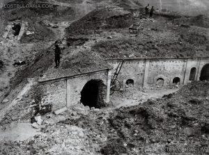Разрушени от българската артилерия фортификационни съоръжения при превземането на крепостта Айваз баба, 1913 г.; lostbulgaria.com