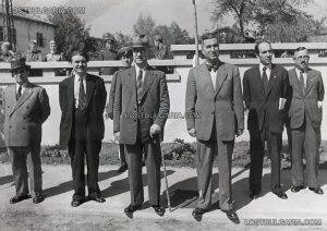Министър-председателят Кимон Георгиев и други официални лица.