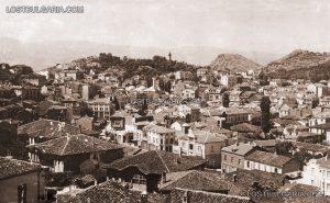 Пловдив, поглед от Небет тепе към Капана, Джумая джамия, Сахат тепе, Бунарджика и Джендем тепе, 30-те години на ХХ век (www.lostbulgaria.com)