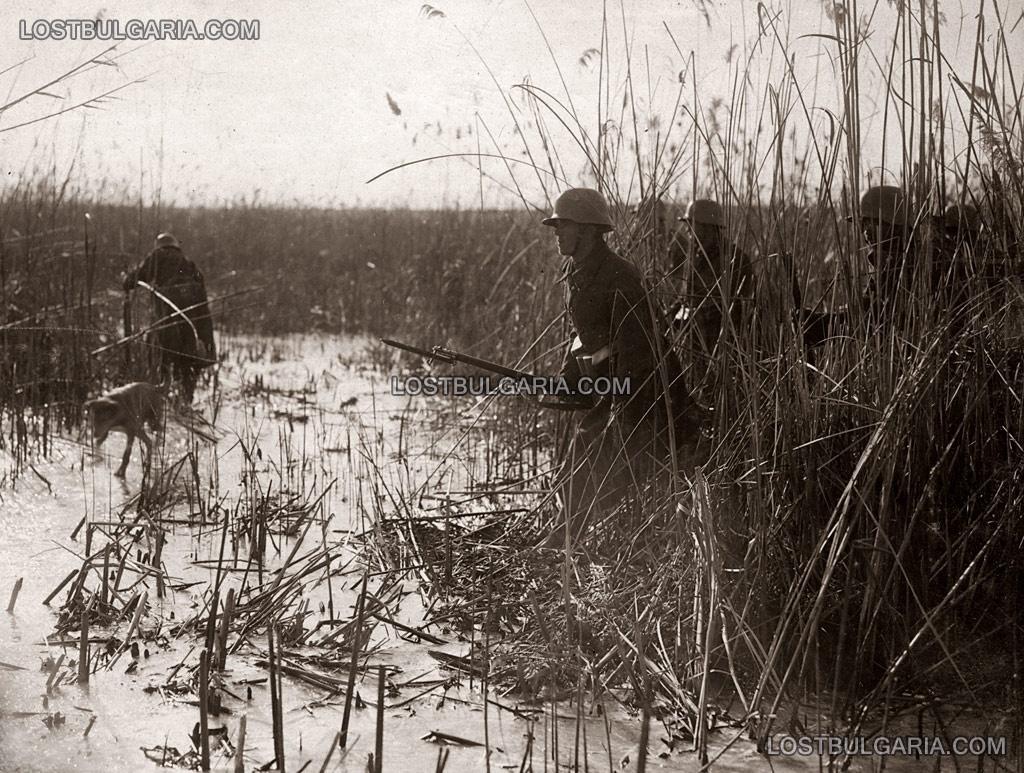 Разузнавателен отряд в търсене за залавянето на информатор, 23-ти пехотен Шипченски полк, 1916г.