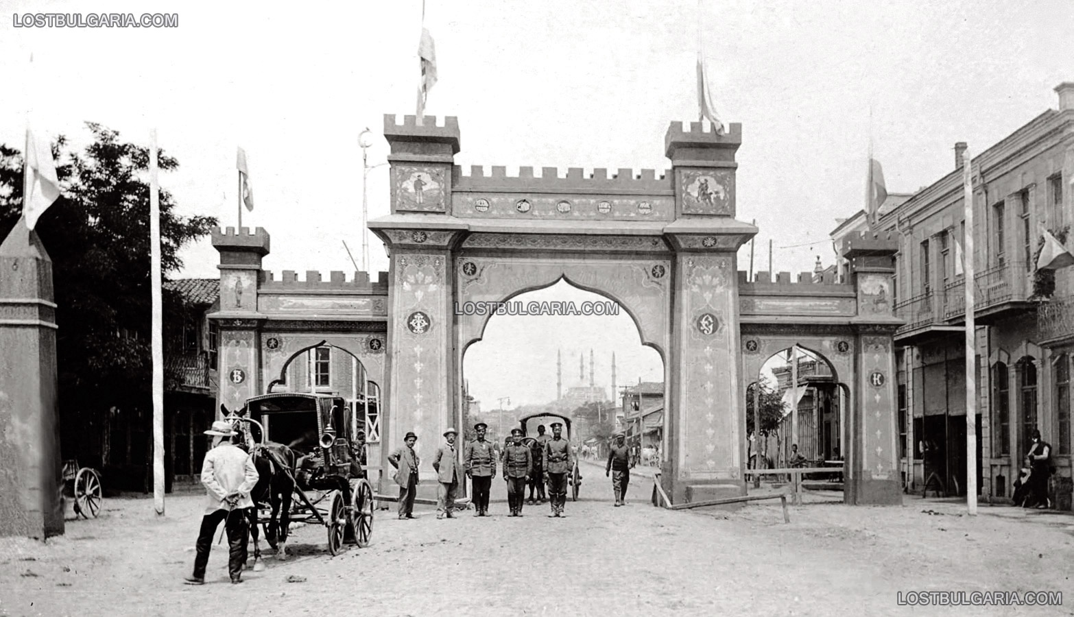 Триумфалната арка в Одрин, издигната по случай завземането на града от българската войска, 1913 г.