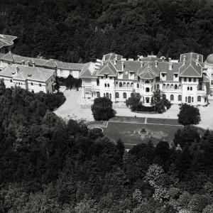 Въздушна фотография на двореца Врана край София, началото на 30-те години на ХХ век; снимка: lostbulgaria.com