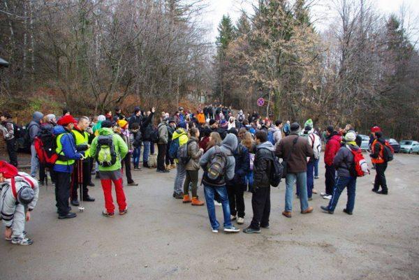 Начало на миналогодишния поход, в който взеха участие около 250 души.
