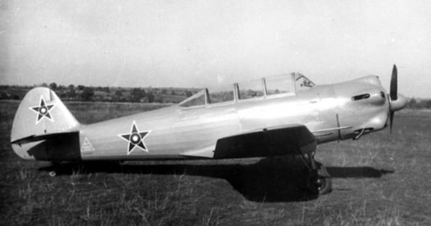 Лаз-7М от последната серия - най-масово произвежданият български самолет