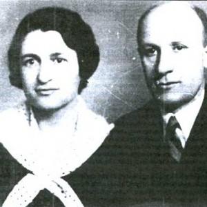 Иван Михайлов и Менча Кърничева