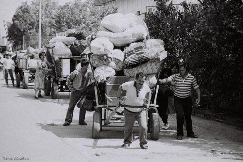 """Под """"възродителен процес"""" днес е прието да се разбират събитията, разиграли се в България между 1984 и 1989 година, свързани с насилствената смяна на турско-арабските имена на българските турци с български, забраната за използване на турския език и обичаи на публични места, както и голямата изселническа вълна на български мюсюлмани от 1989 година. И до днес това е една от най-дискусионните и едновременно с това болезнени теми за българското общество, като през последните 25 години често ставахме свидетели и на опити тя да бъде политизирана."""