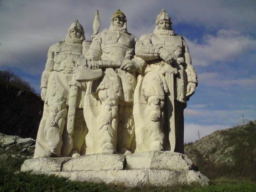 Каменната стража на Ивайло - паметник по случай победата на царя над император Михаил