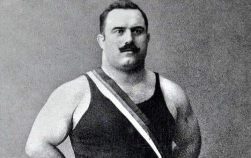 Никола Петров - най-силният българин