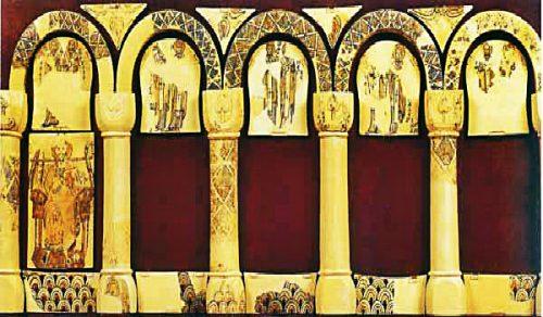 Олтар от Дворцовия манастир на Велики Преслав (Х в.). Реставриран и изследван от проф. д-р Тотю Тотев